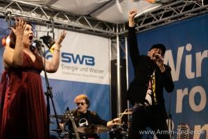 Fotos Queen May Rock im Parkrestaurant Rheinaue in Bonn am 24.09.2020 - Foto von Armin Zedler
